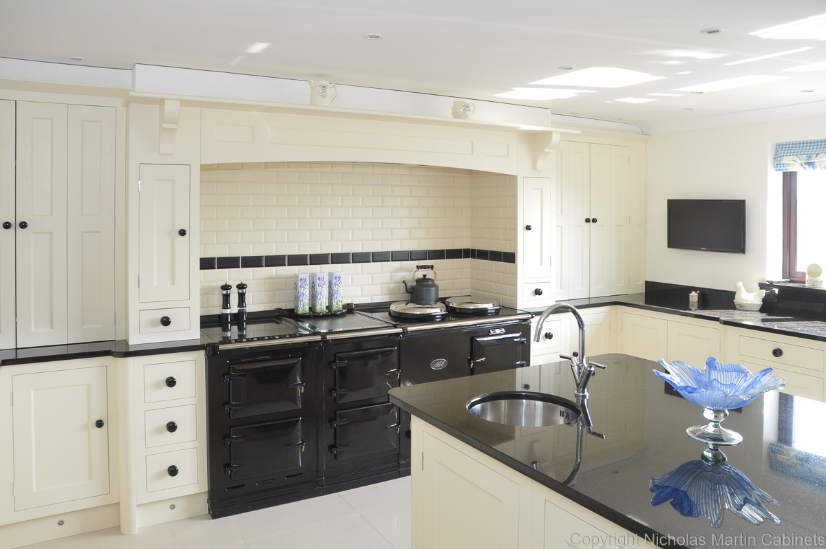 Nottinghamshire Bespoke Kitchen 58